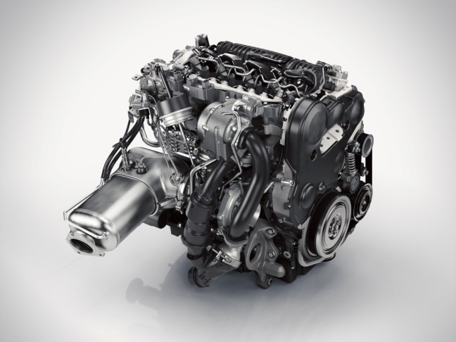 147971_The_all_new_Volvo_XC90_D5_Drive_E_engine-1024x768.jpg
