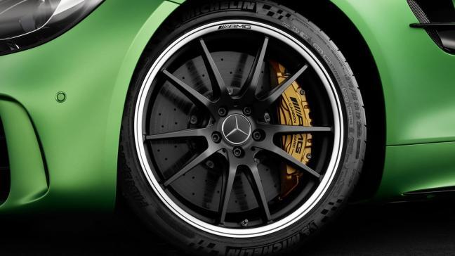 Mercedes-AMG GT R Pic 4.jpg