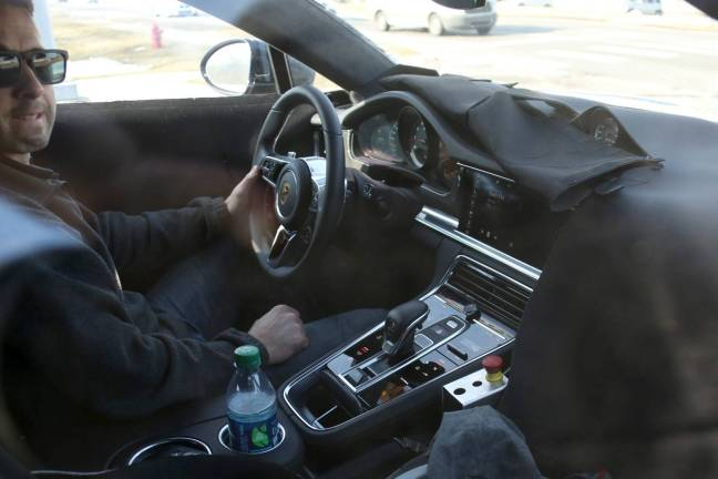 Porsche-Panamera-011