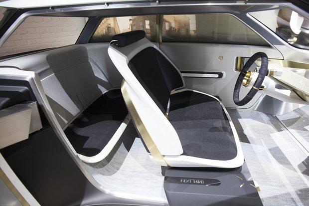 Rolls-Royce Vision Next 100 Pic 3.jpg
