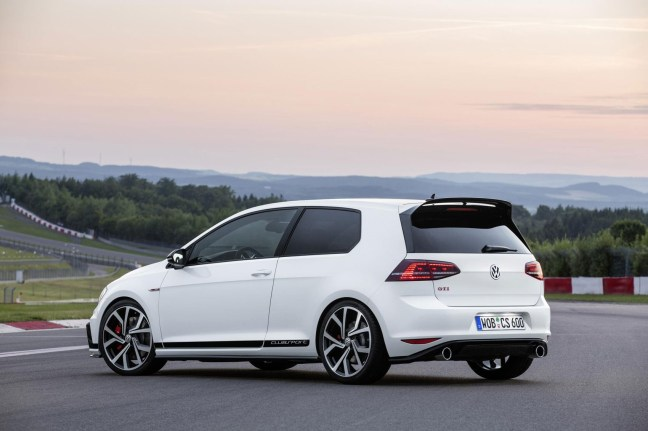 golf-gti-clubsport-3 Picture 1